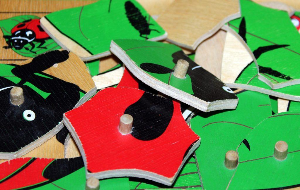 Drewniane puzzle – sposób na kreatywną zabawę