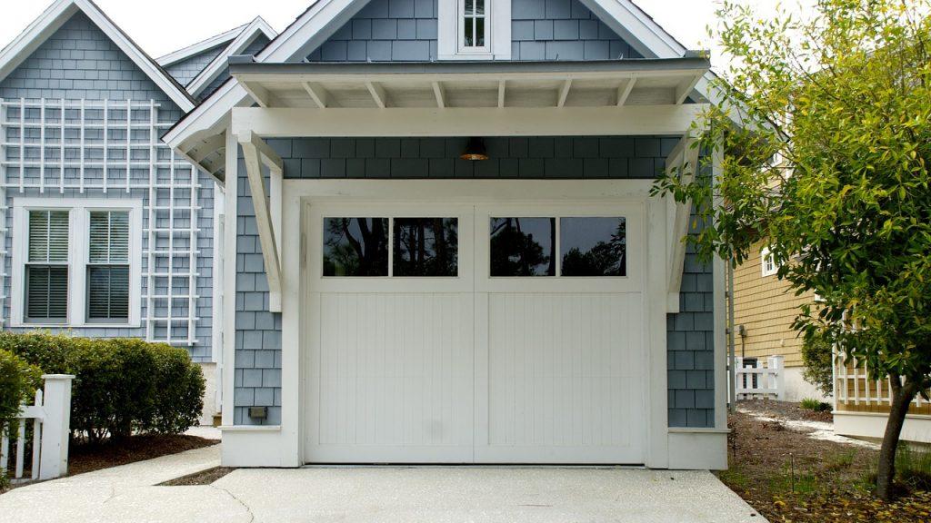 Szeroki wybór nowoczesnych bram garażowych