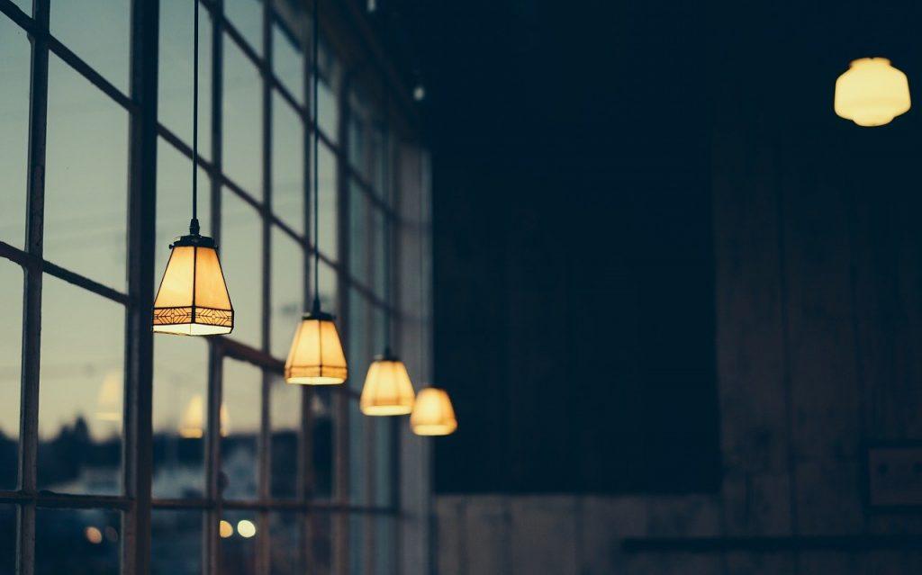 Oświetlenie dekoracyjne i przemysłowe